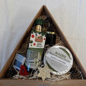 Kainz Kernöl Weihnachtsgeschenkkarton mit Kürbiskernöl, Pesto und Schokolade