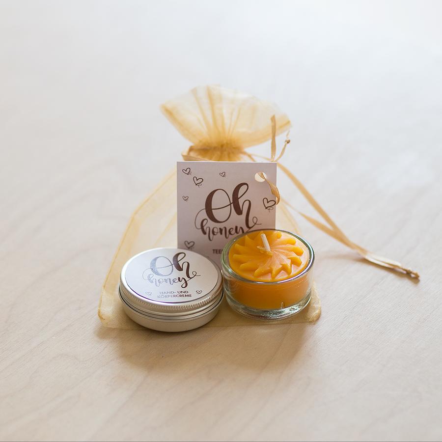 DesignSouvenirGraz Package Propoliscreme und Kerze Oh Honey